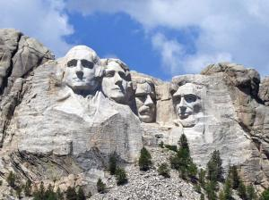 mount-rushmore-hours